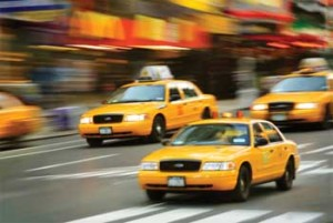 Заказать безопасное такси до Алушты